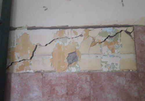 Orán: Escuela con peligro de derrumbe?