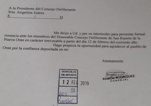 Renuncio el concejal Rodriguez